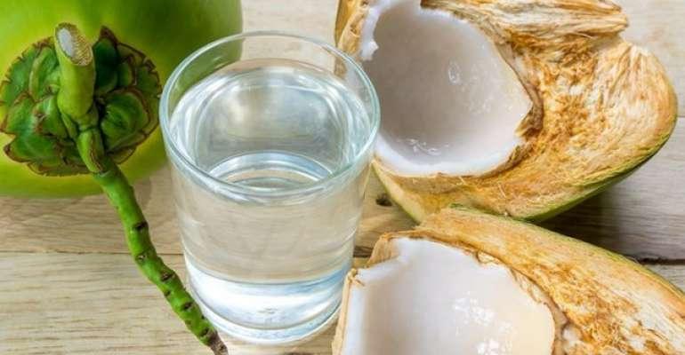 Agua de coco previne pedras nos rins