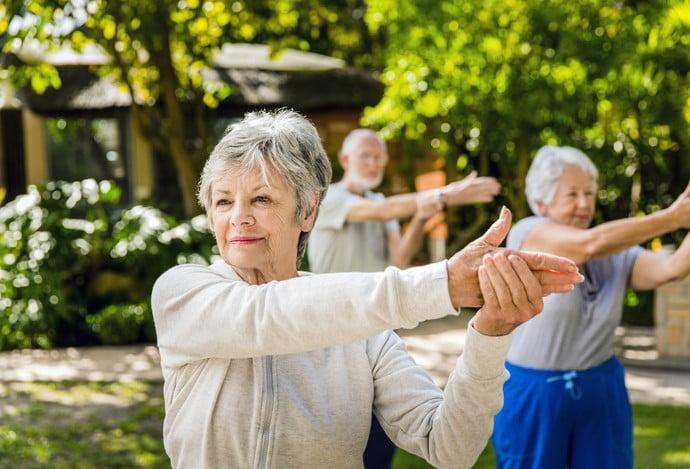 Exercícios físicos na terceira idade