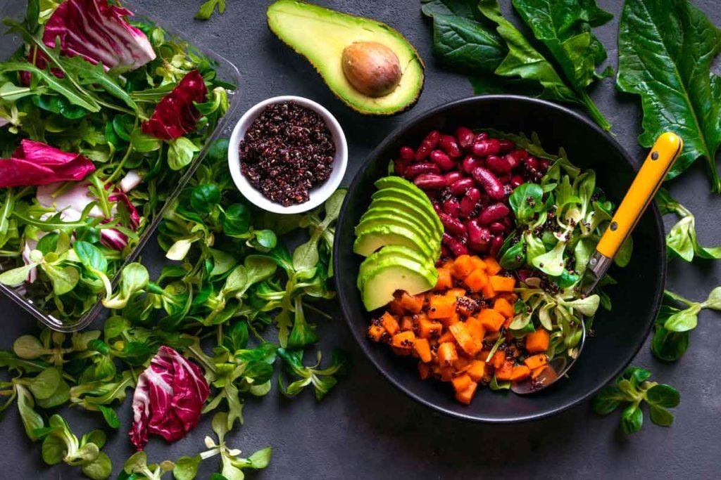 Ingerir alimentos veganos você ajuda o meio ambiente